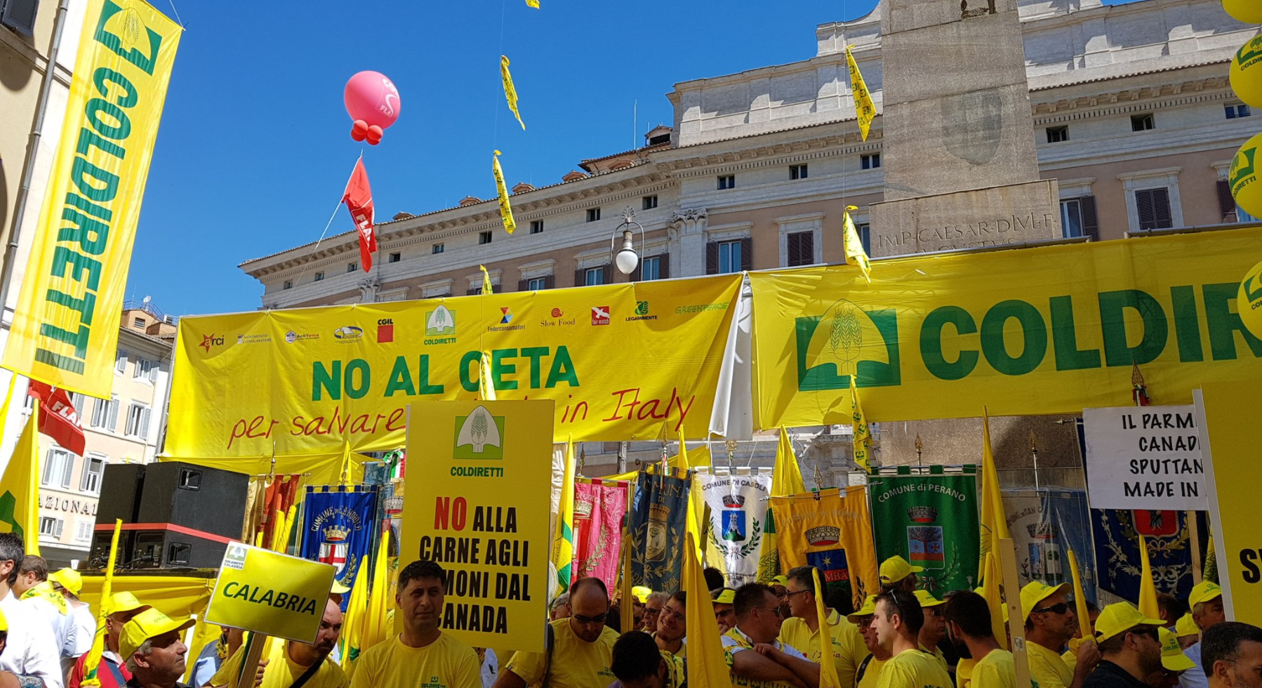 CETA, populisti in piazza contro consumatori e imprese agricole
