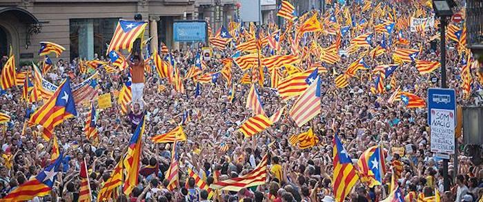 Se mi lasci non vale: gli indipendentismi catalano e scozzese a confronto
