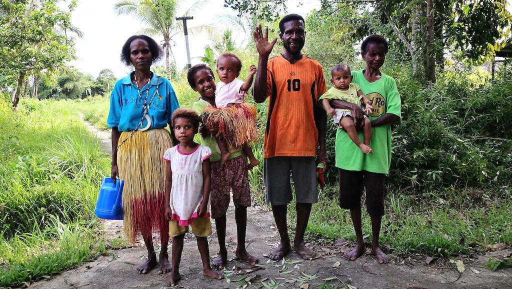 In Papua vogliono un lavoro, perché vogliamo impedirglielo?